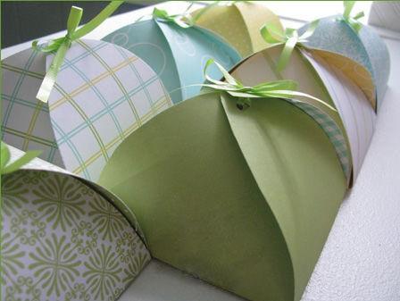 Как сделать самую простую  упаковку для подарка